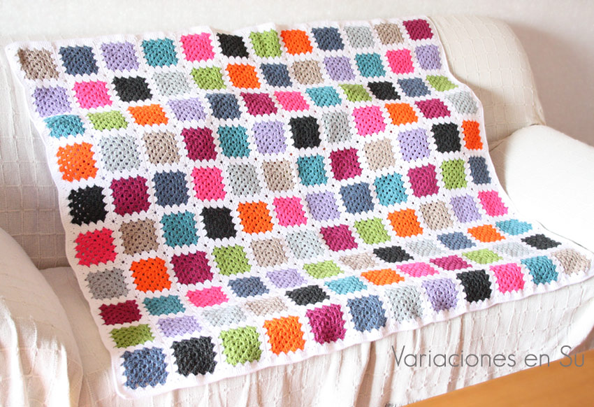 Ta daaah crochet blanket finished manta de ganchillo - Mantas ganchillo colores ...